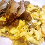 Jala萝卜干炒鸡蛋的做法