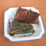 杰米田园板栗肉粽的做法