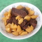 杰米田园土豆烧排骨的做法