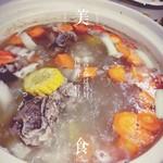 王本本排骨莲藕汤的做法