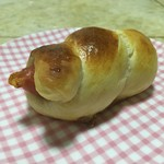 下雨的晴天(来自腾讯..)海螺香肠面包的做法