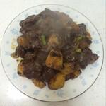 静4239牛肉炖土豆的做法