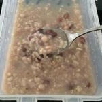 小肚子。绿豆薏仁粥的做法
