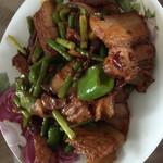 洋洋总是得意香辣回锅肉的做法