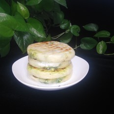 虾皮韭菜鸡蛋馅饼