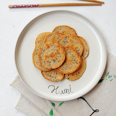 褐麦芝麻鸡蛋饼#早餐#