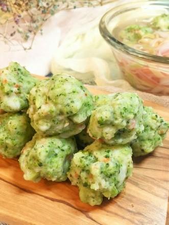 宝宝辅食:时蔬虾球的做法