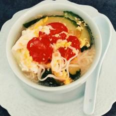 小蕃茄鸡蛋汤面