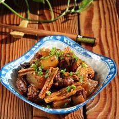 肋排萝卜烧腐竹