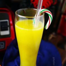 鲜榨梨橙汁