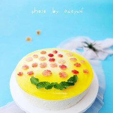 8寸榴莲慕斯蛋糕