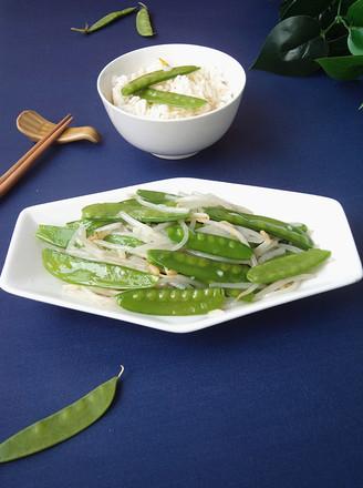 豆芽菜炒荷兰豆#晚餐#的做法