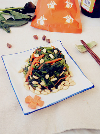 松仁菠菜#晚餐#的做法