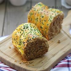 沙拉肉松面包卷