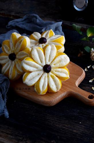 南瓜双色花朵馒头的做法