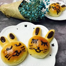 可爱的兔子面包