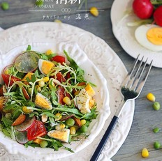 鸡蛋杂蔬沙拉