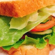鸡胸肉三明治