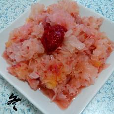 银耳拌草莓酱
