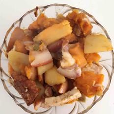 猪头肉炖南瓜土豆