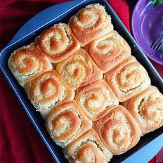 椰蓉卷餐包
