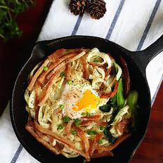 培根鸡蛋煎面