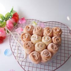 粉色玫瑰花面包