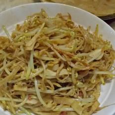银鱼炒芽菜