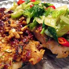 东南亚风味|香脆花生煎鲷鱼片配酸辣酱汁