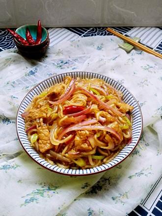 洋葱烩粉条#午餐#的做法
