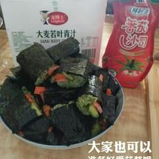 简单易做的青汁紫菜卷