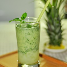 菠萝薄荷果酱饮品