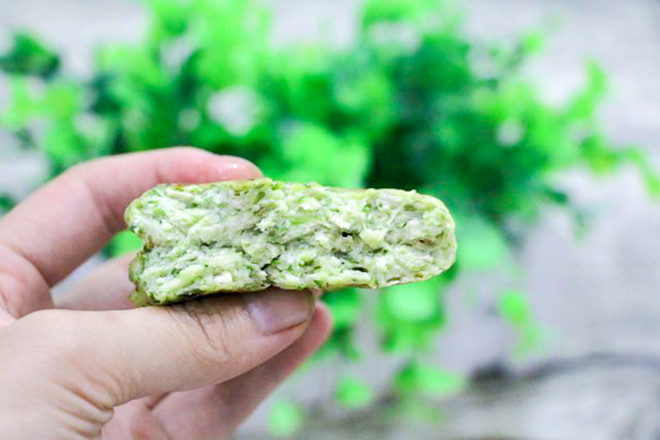 秋葵豆腐饼的做法