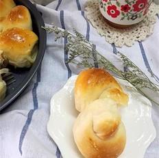 椰香花卷面包