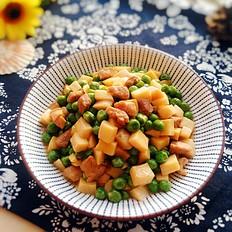 豌豆杏鲍菇炒肉丁