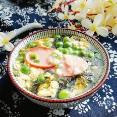豌豆紫菜蛋汤