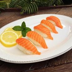 简易版三文鱼寿司