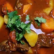西红柿土豆胡萝卜炖牛腩