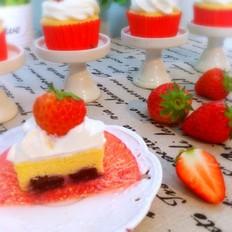 双莓奶酪纸杯蛋糕