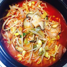 黄豆芽辣汤