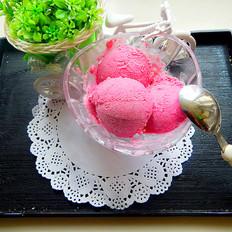 火龙果冰淇淋