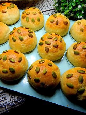 南瓜子燕麦餐包的做法