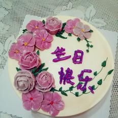 裱花酸奶慕斯蛋糕