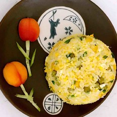 青豆玉米鸡蛋炒饭