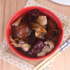 广东老火靓汤-香菇木耳墨鱼汤