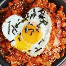韩国泡菜吞拿鱼炒饭
