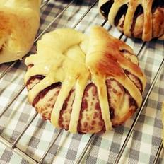 新手完胜的花式豆沙面包