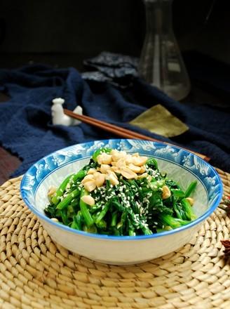 芝麻果仁拌菠菜的做法