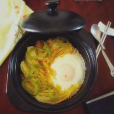 蔬菜鸡蛋焖饭
