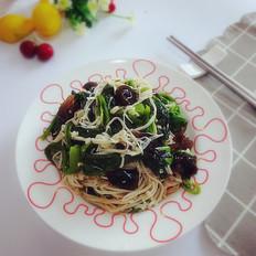 蒜香金针菇拌菠菜